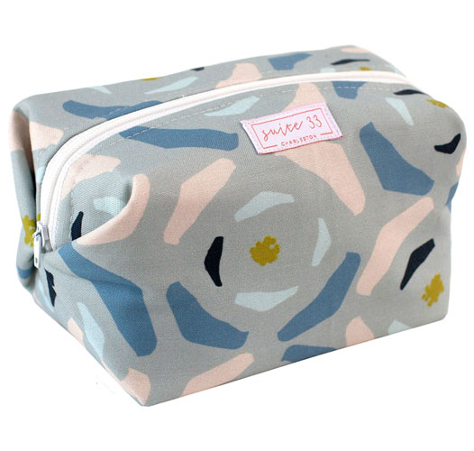SUITE 33 MAGNOLIA COSMETIC CASE
